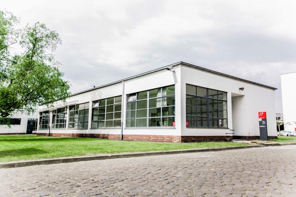 Mies vdR, Businesspark, Gebäude