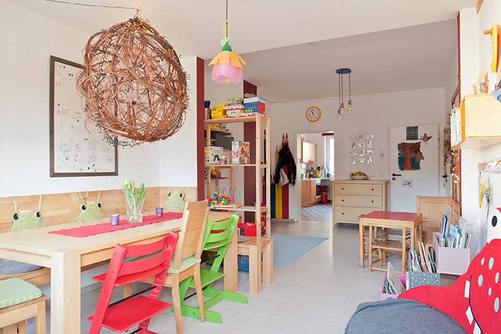 kinderheim marianum unsere t r ist rund um die uhr ge ffnet kr one. Black Bedroom Furniture Sets. Home Design Ideas