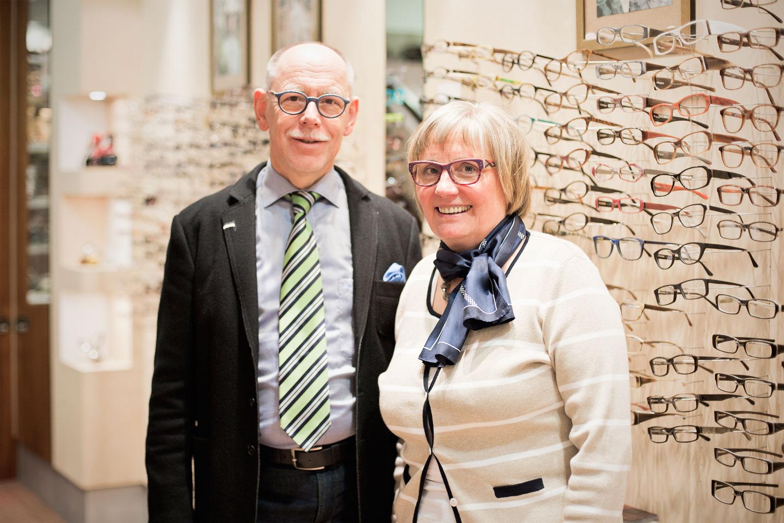 Brillen, die passen! - Bei Minke-Optics wird die alte Handwerkskunst des Brillenmachens noch gelebt