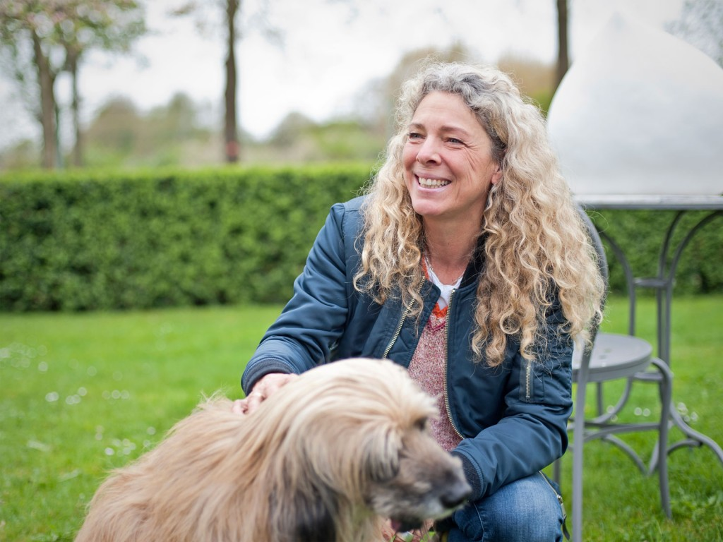 Bettina Döring, Hund