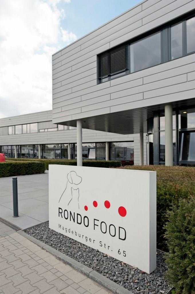 Eingang, Rondo Food, Schild, Logo