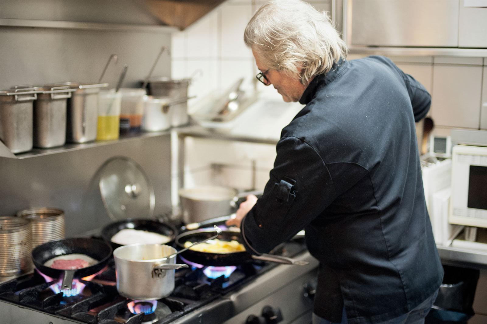 """Gastro-Tipp: """"Il Punto"""": Versteckter Treffpunkt italienischer Lebensart"""