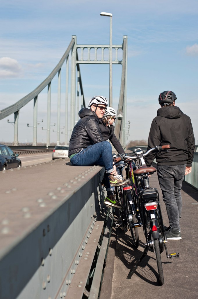 Brücke, E-Bikes