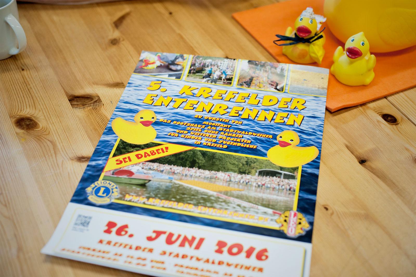 Gelber Spaß für den guten Zweck - 5. Krefelder Entenrennen