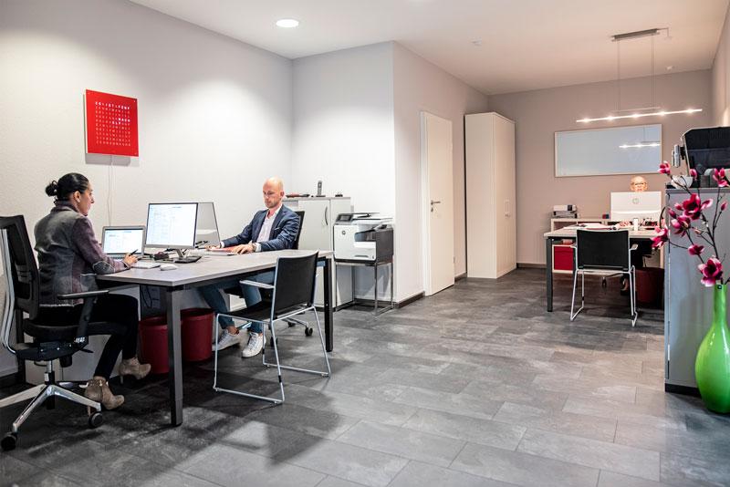 Phoenix Finanz GmbH Wir geben alles – nur nicht auf!