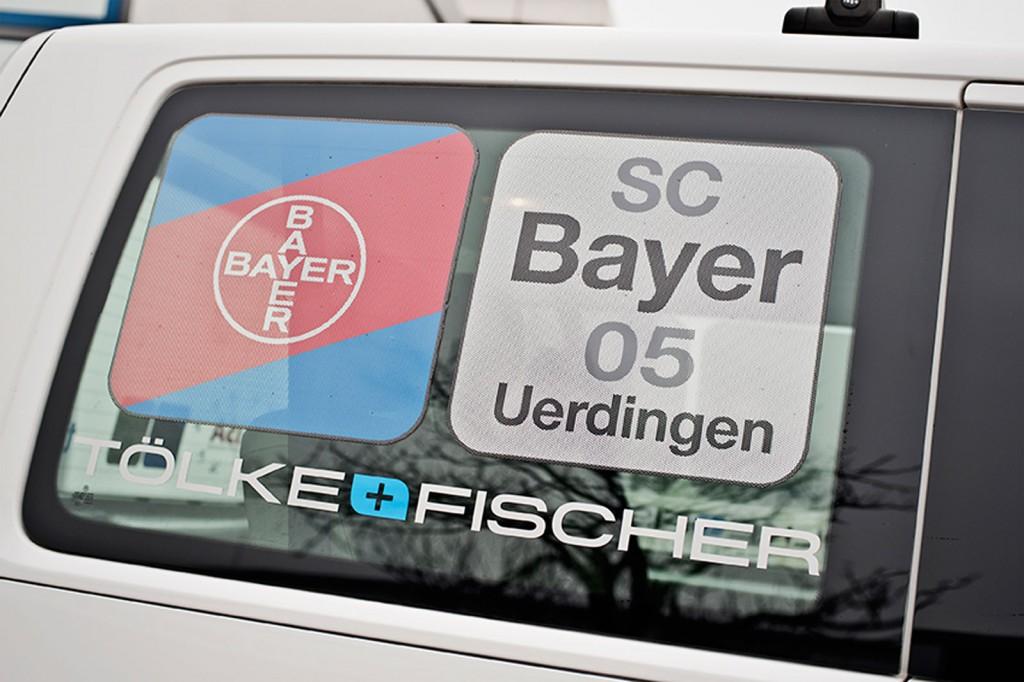 Tölke & Fischer, SC Bayer 05, Auto, Fensterscheibe