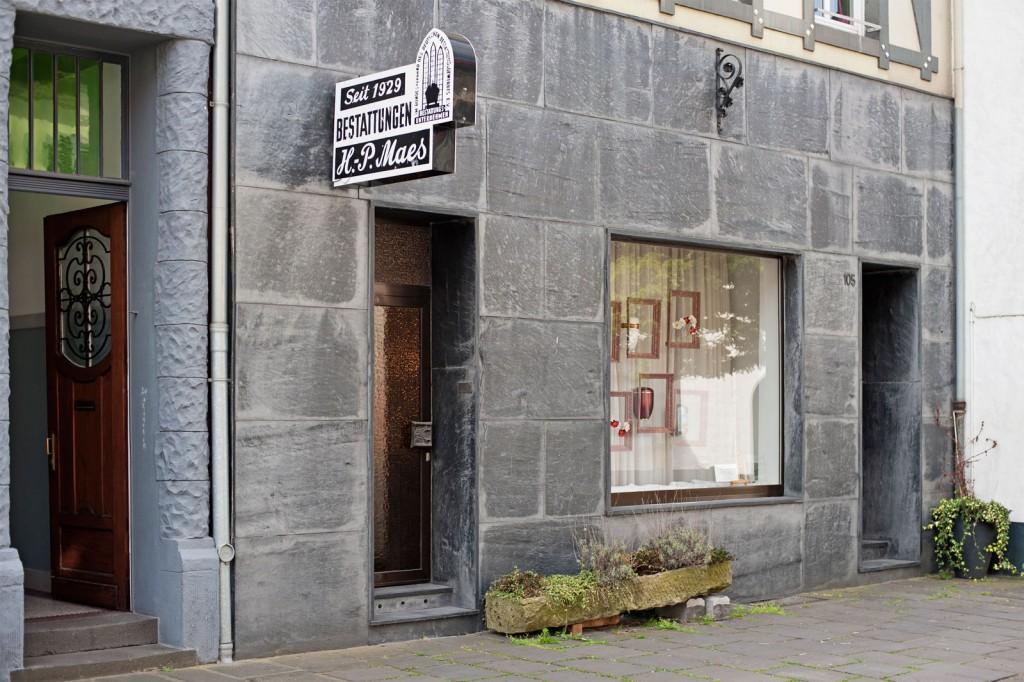 Eingang, Außenansicht