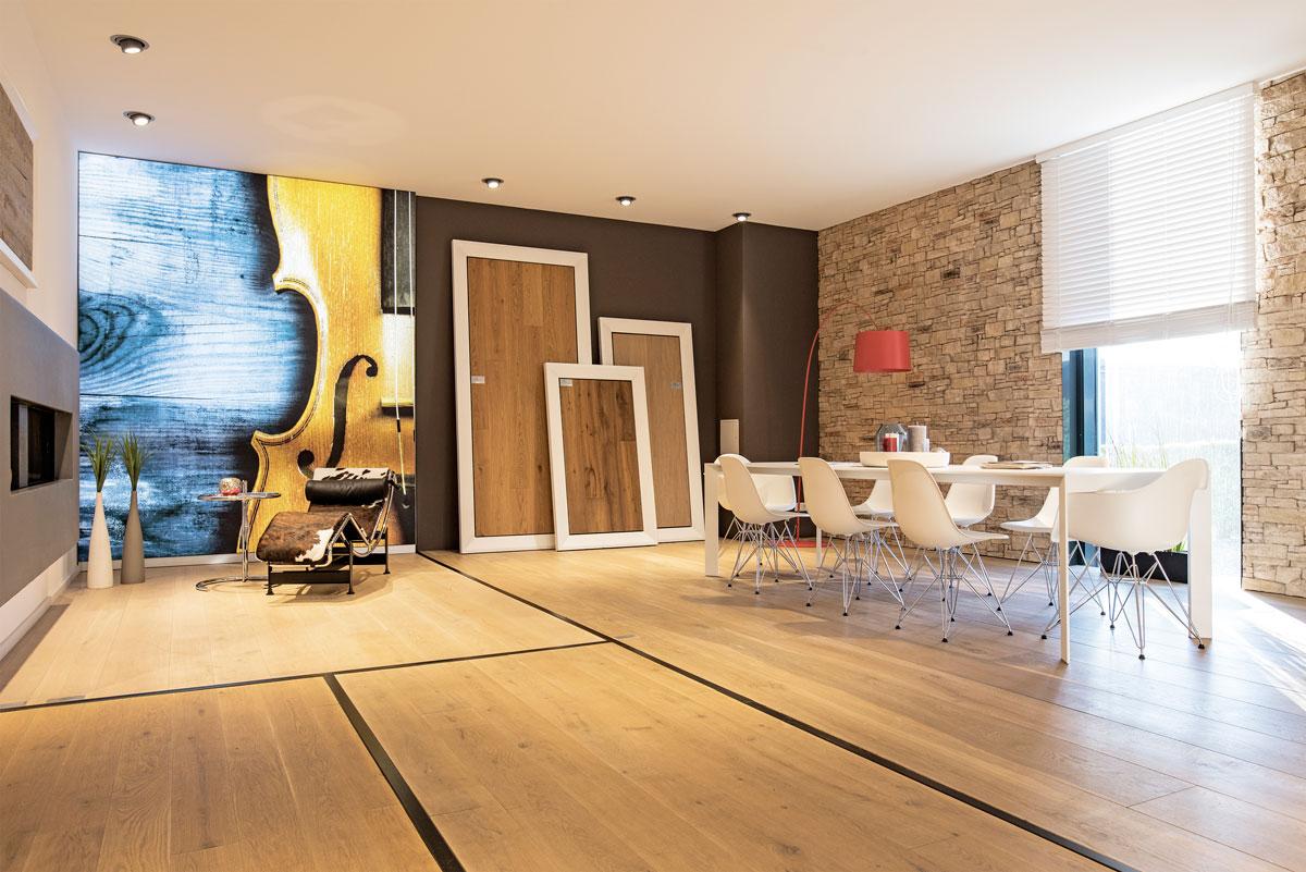 heim und haus spezial holz roeren so kommt das parkett auf den boden kr one. Black Bedroom Furniture Sets. Home Design Ideas